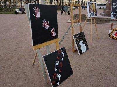 Выставка против репрессий Фото: Крисевич